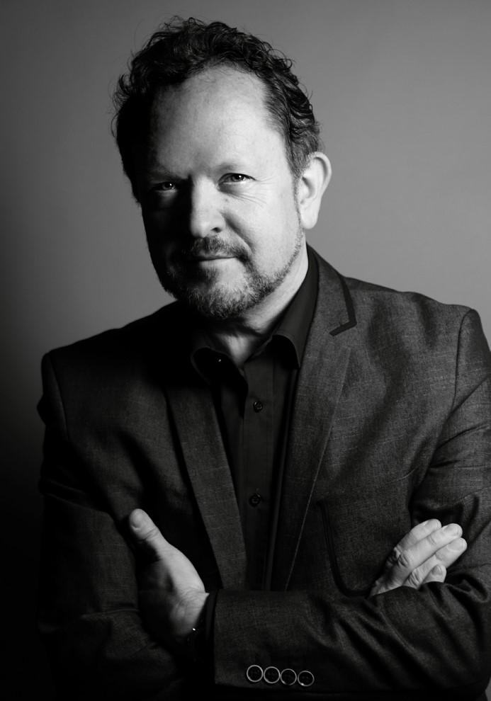 Simon J Frith